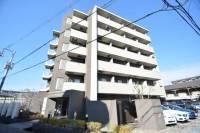 山崎第13マンションの外観写真