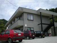 長野県長野市真光寺の賃貸アパートの外観
