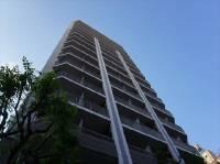 東京都千代田区岩本町1丁目の賃貸マンションの外観
