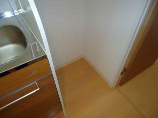 アドバンス三宮ラシュレの冷蔵庫スペース