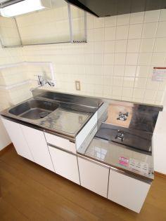 小野澤ビルのキッチン