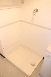 ヴィラ・コンプレールAの洗濯機置場