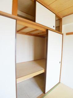 パ−ルマンション1の収納