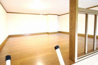 メ−プルMH6の居室