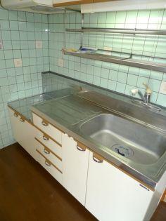 セレブラ−ル戸田のキッチン