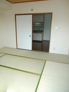 セレブラ−ル戸田の居室