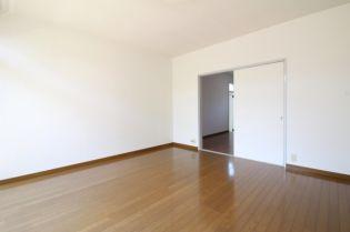 石田ハイツの居室