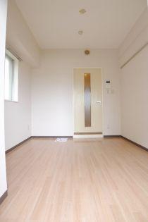 ジョイフル西川口第2の居室
