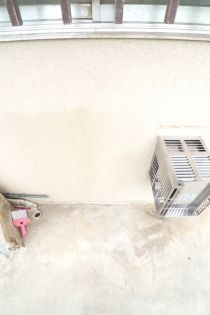 関根ハイツの洗濯機置場
