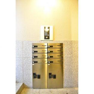 メゾンヒルズ428 4階の賃貸【東京都 / 新宿区】