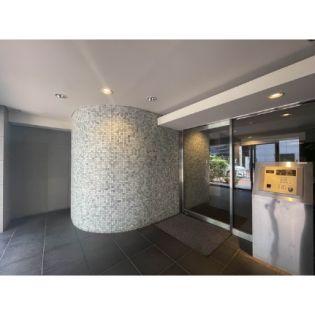 エスティメゾン東新宿[4階]の外観