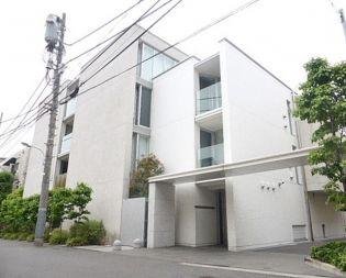 東京都港区西麻布4丁目の賃貸マンションの外観
