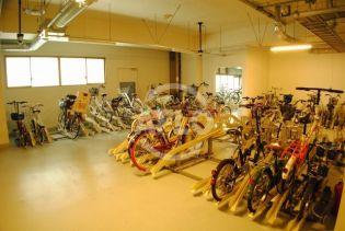 松屋タワー 自転車置き場