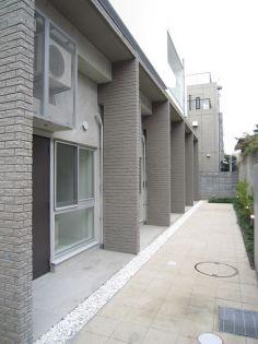 東京都新宿区中町の賃貸マンション