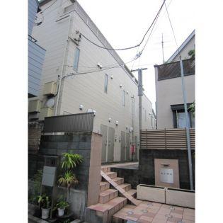 東京都新宿区若葉1丁目の賃貸アパートの外観