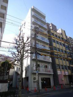 東京都新宿区上落合1丁目の賃貸マンションの外観