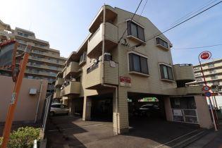 東京都昭島市武蔵野3丁目の賃貸マンションの外観