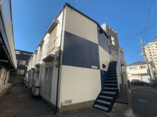 東京都世田谷区南烏山4丁目の賃貸アパート