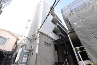 東京都渋谷区神宮前1丁目の賃貸マンション