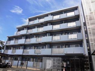 東京都世田谷区粕谷1丁目の賃貸マンションの外観