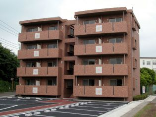 静岡県裾野市千福の賃貸マンションの外観