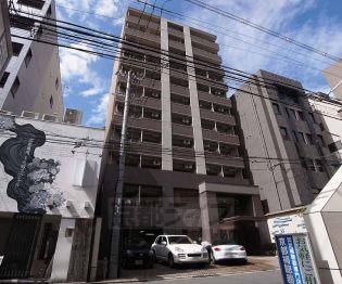 京都府京都市中京区占出山町の賃貸マンション
