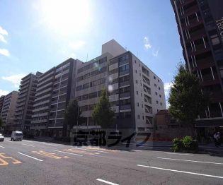京都府京都市中京区岩上通三条下る下八文字町の賃貸マンションの外観