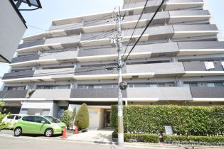 CRYSTAL SUITA TAKAHAMA[3階]