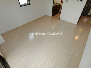 エスライズ新神戸の個人の部屋や寝室として使える洋室です
