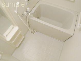 グランディールの清潔感のあるバスルームで1日の疲れも流せます♪