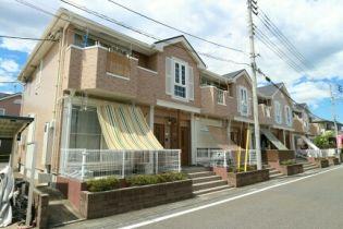 埼玉県坂戸市にっさい花みず木5丁目の賃貸アパートの外観