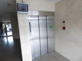 エレベーターで移動もらくらく。