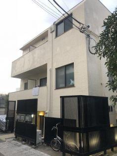 東京都新宿区弁天町の賃貸マンション