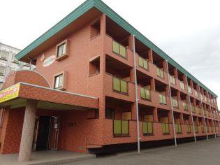 ル・マンA2番館[1階]の外観