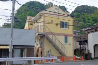 神奈川県横須賀市船越町3丁目の賃貸アパートの外観